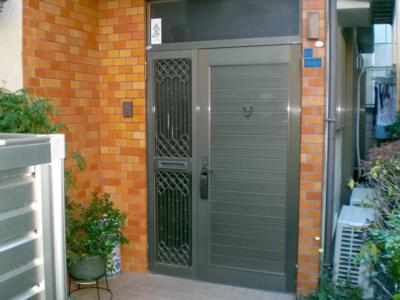 品川区の建具屋太明,施工例,玄関ドア交換,アルミドア