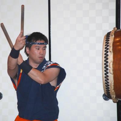 営業部・池ヶ谷の和太鼓披露 たいめいる2011年12月号