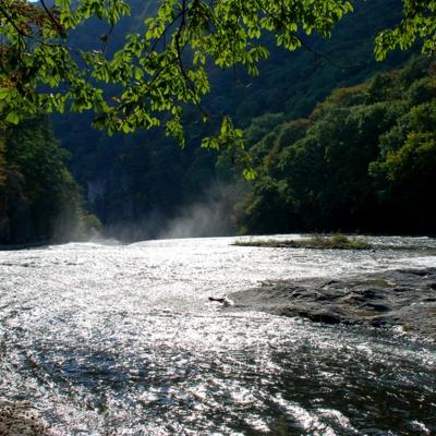 群馬県沼田市の吹割の滝 たいめいる2014年10月号